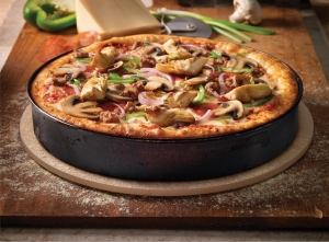 ClaimJumperCalifornia Works Pan Pizza