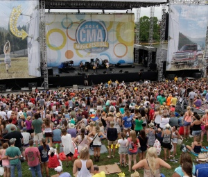 Riverfront Grounds 2014 CMA Fest